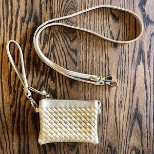 Charming Charlie Woven Wristlet/Crossbody